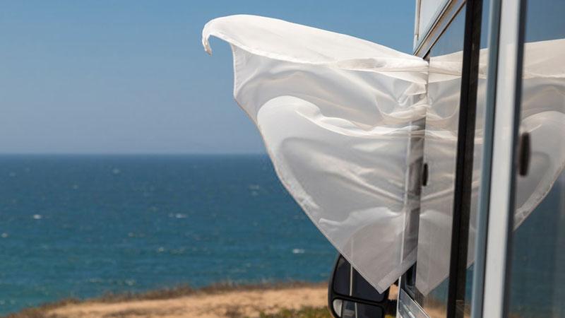 feel-the-wind-in-rental-RV