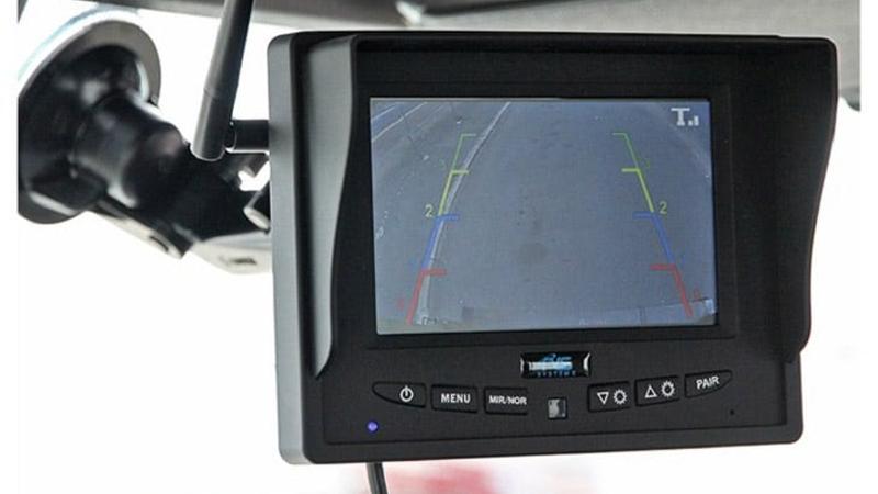 RV-Rental-back-up-camera